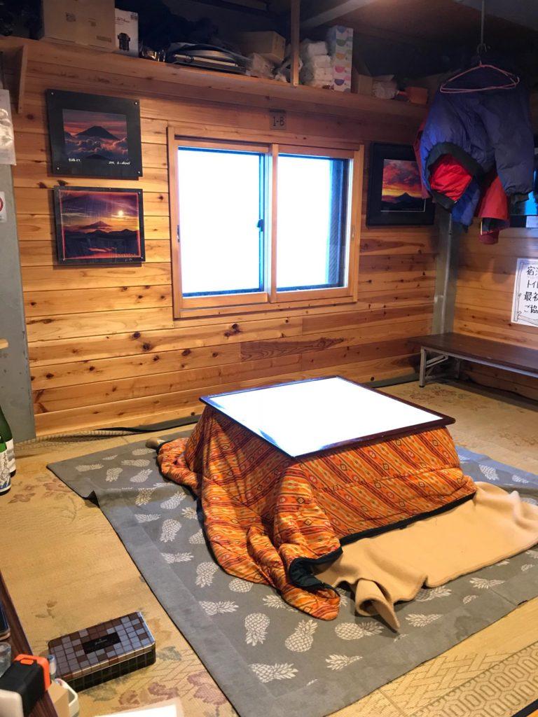 赤石避難小屋