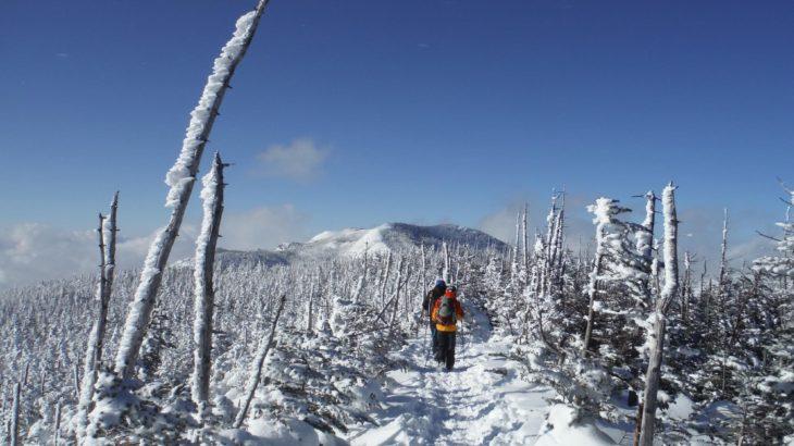 【軽アイゼンで北八ヶ岳】縞枯山荘で初めての冬泊